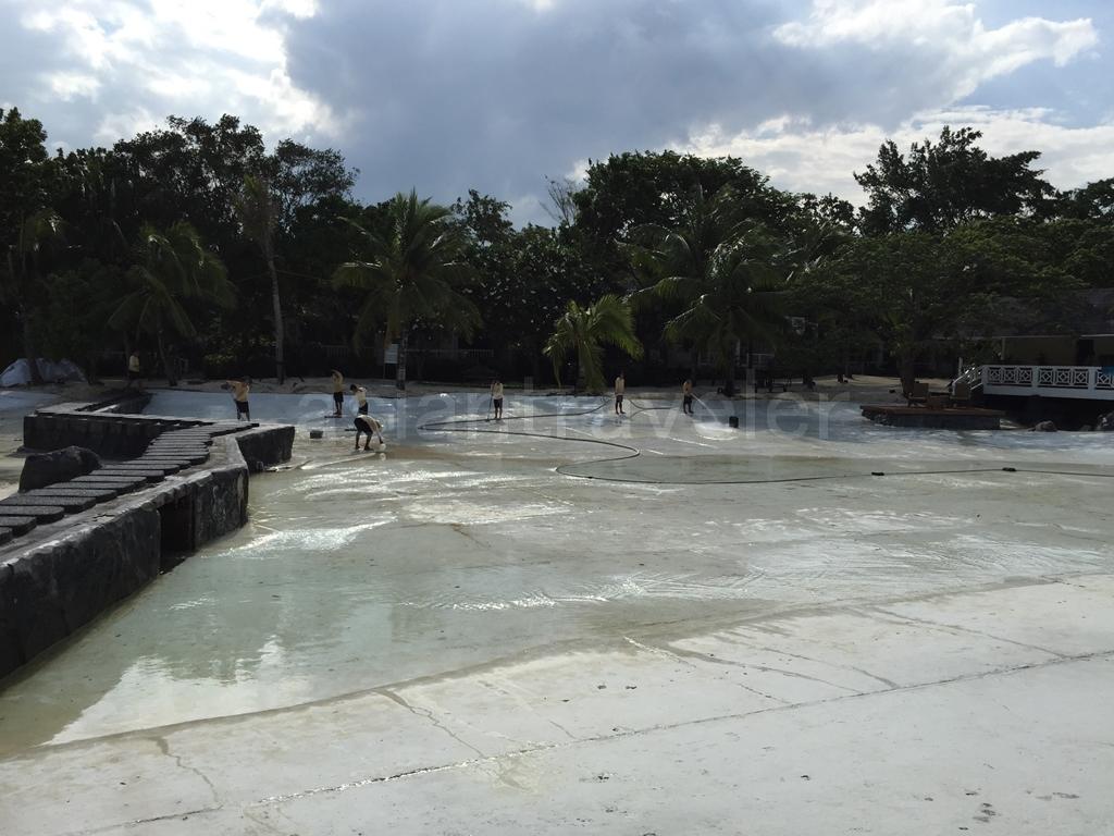 Plantation Bay Resort & Spa(プランテーションベイ リゾート&スパ)の水のなくなったWestラグーン
